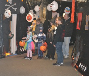 Lutheran Church of Our Saviour 2014 Trunk and treat 18