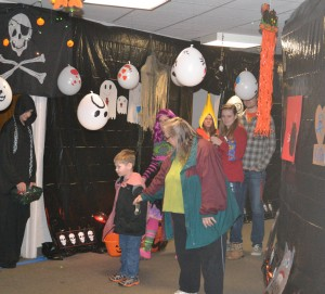 Lutheran Church of Our Saviour 2014 Trunk and treat 24