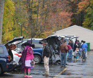 Lutheran Church of Our Saviour 2014 Trunk and treat 31